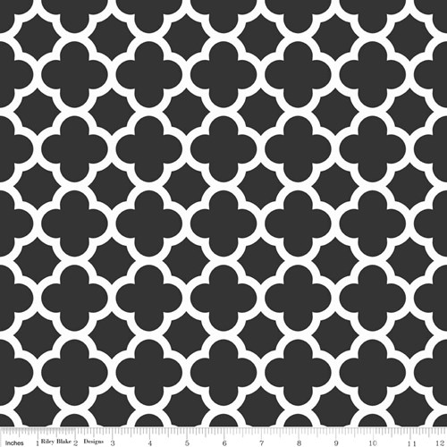 Quatrefoil in Black