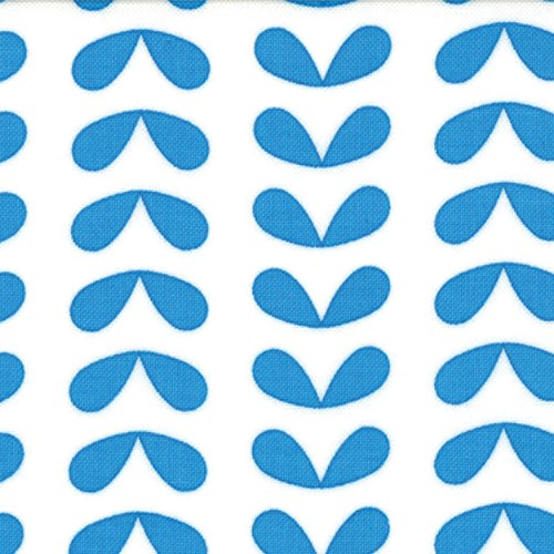 Leaves in Line in Blue