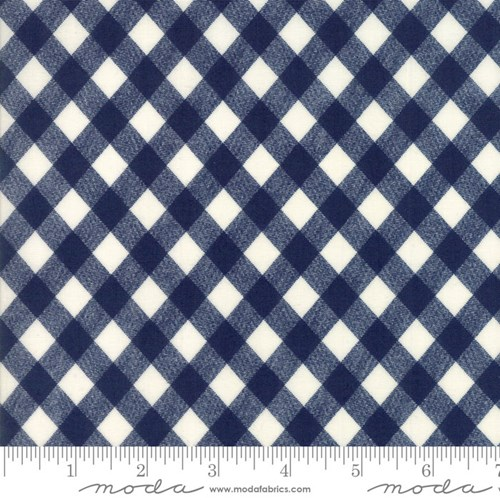 Vintage Picnic Gingham in Navy