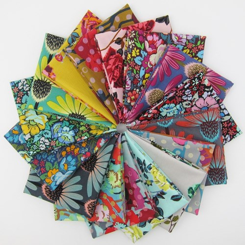 Floral Retrospective Fat Quarter Bundle