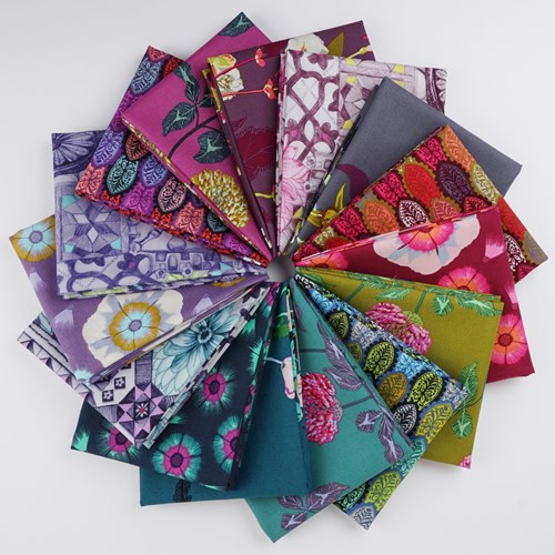 Conservatory Pathways English Summer Fat Quarter Bundle
