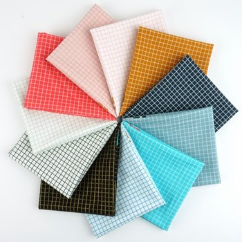 Grid Ruby Star Fat Quarter Bundle
