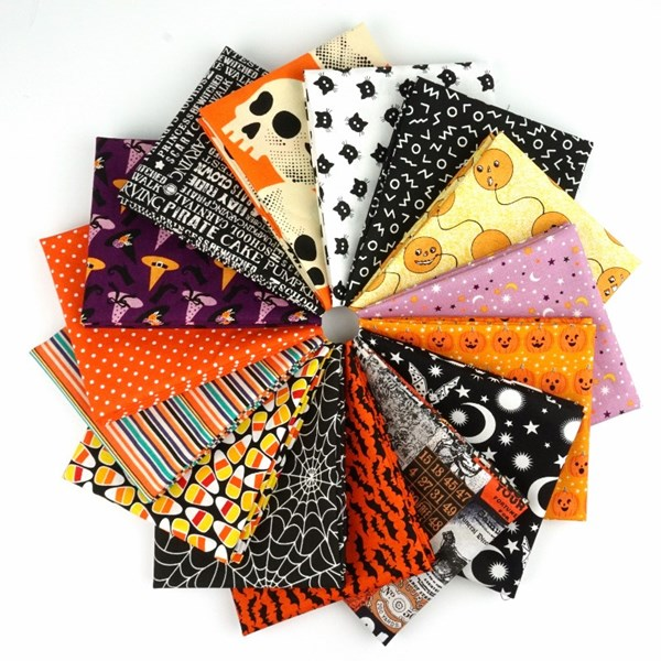 Trick or Treat Fat Quarter Bundle