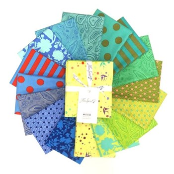 True Colors Fat Quarter Bundle - Starling